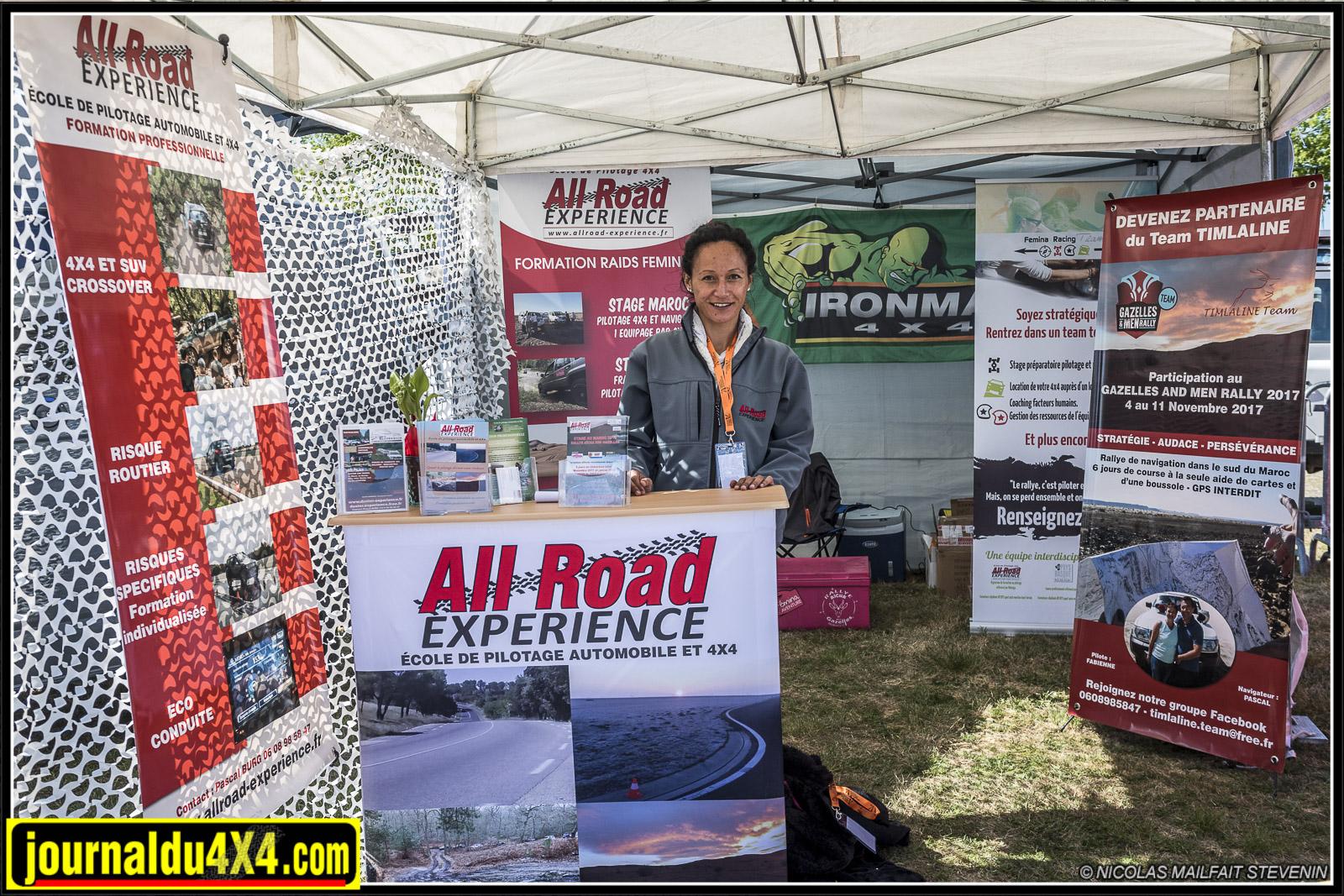 Le stand All Road Experience école de pilotage 4x4