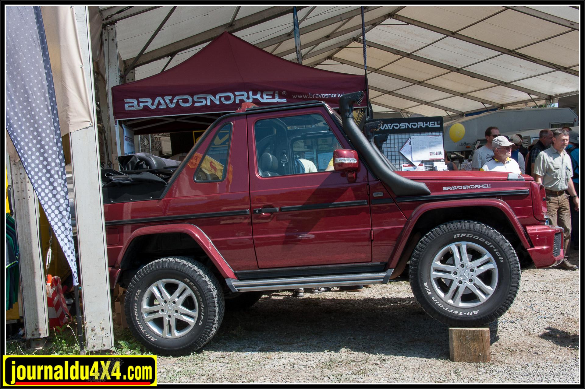 Bravosnorkel propose toute une gamme de schnorkels, pas de soucis pour trouver le modèle adapté à votre véhicule