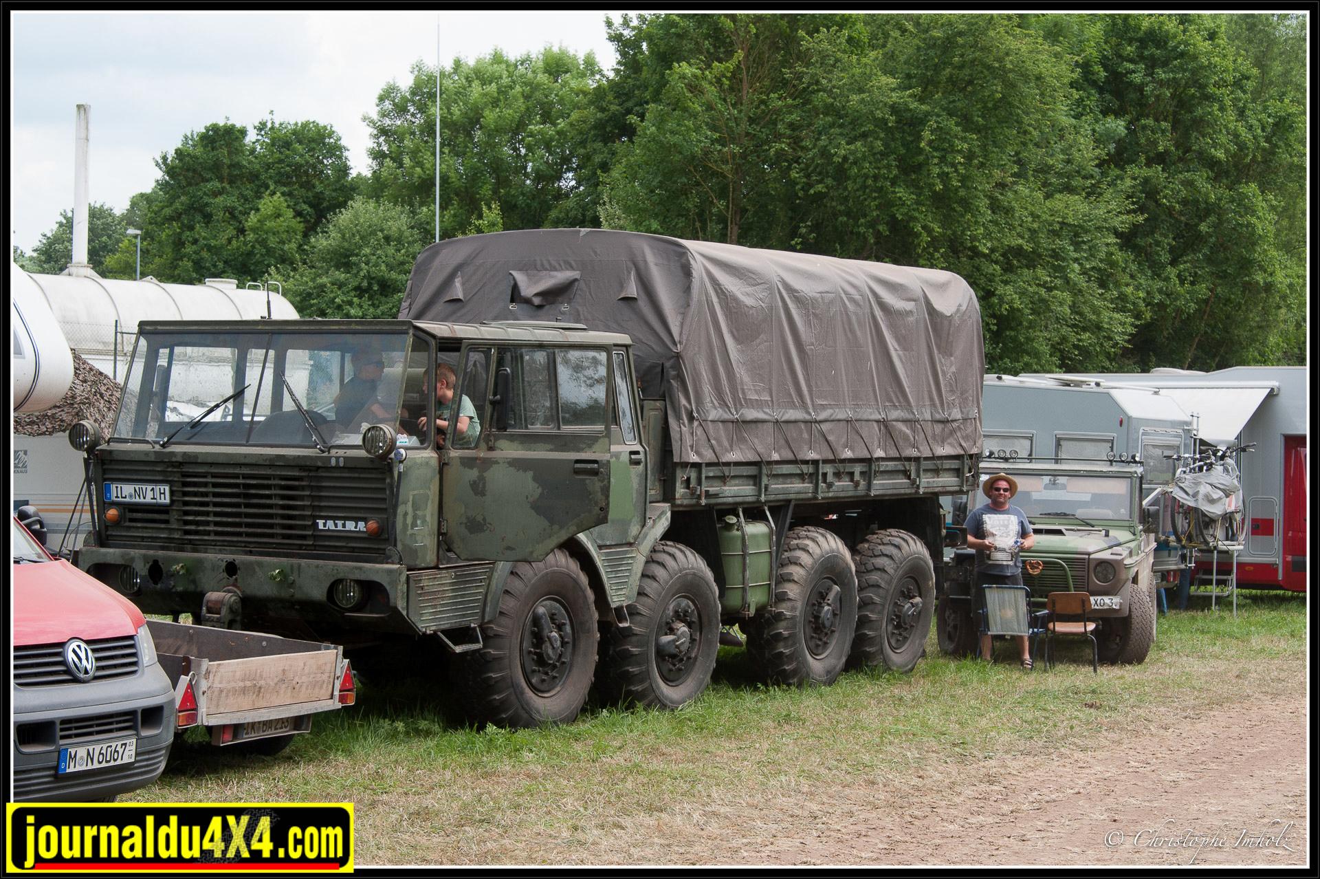Ne parlons pas de ce Tatra 8x8