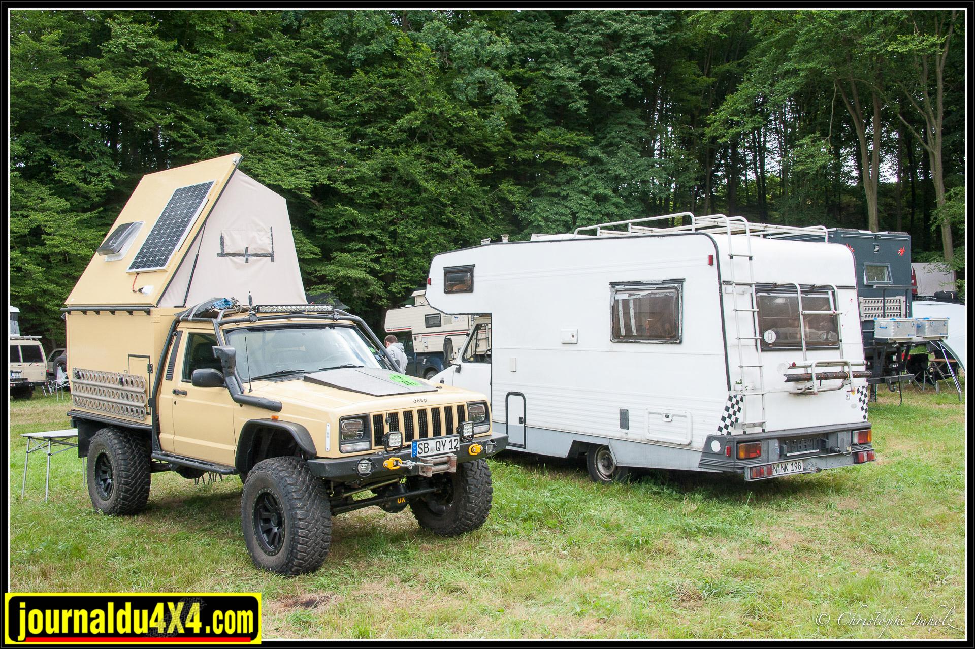 Jeep Comanche avec cellule