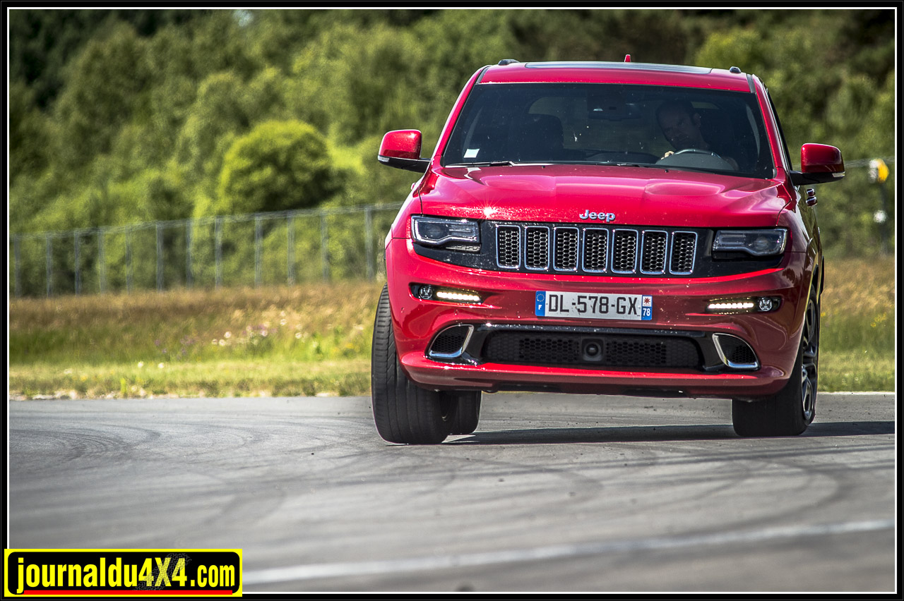Le Grand Cherokee en version SRT, un vrai air de famille