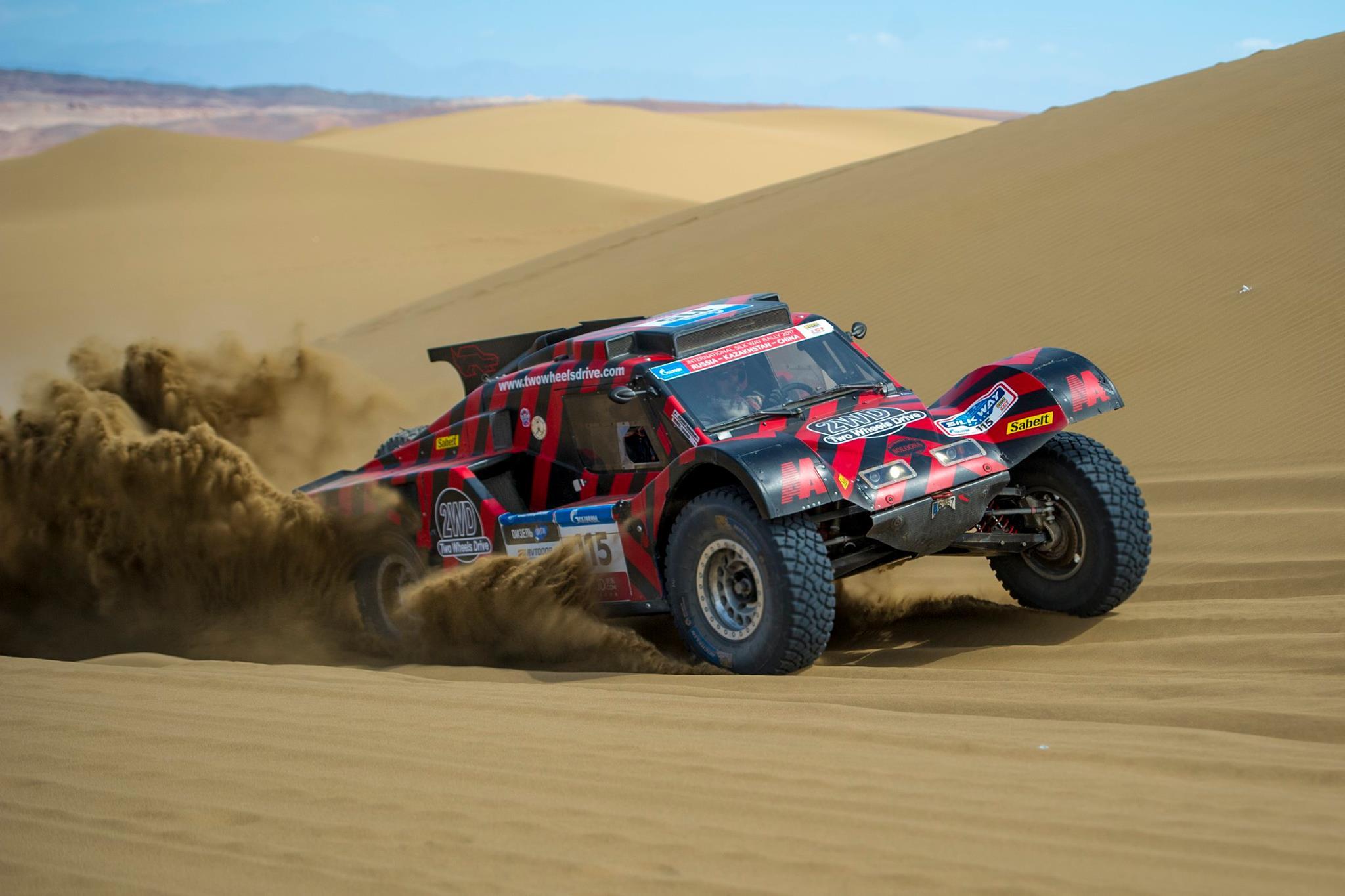 Le Buggy 2WD gagne une spéciale sur le Silk Way Rally 2017