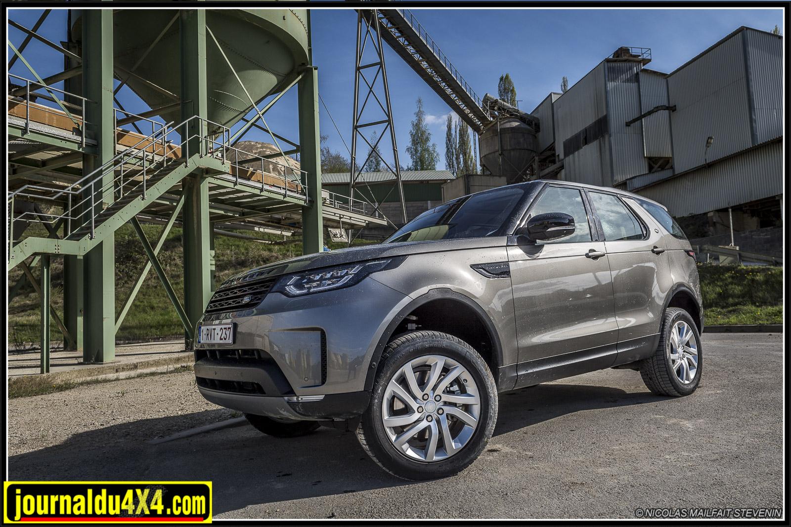 Land Rover Discovery V en tout terrain
