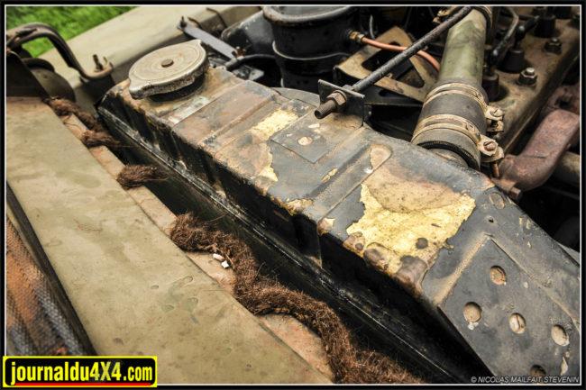 Le radiateur Type Ford et les joints feutre fatigués
