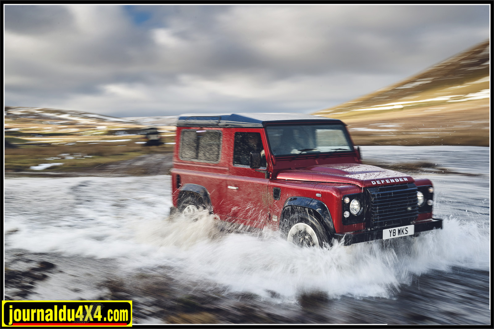 Defender V8 70ème anniversaire 2018 : attention le Defender Works débarque