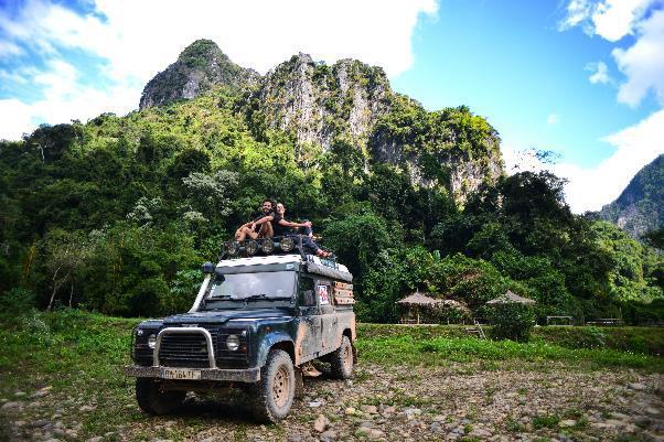 L'Asie en Land Rover Defender 300 TDI