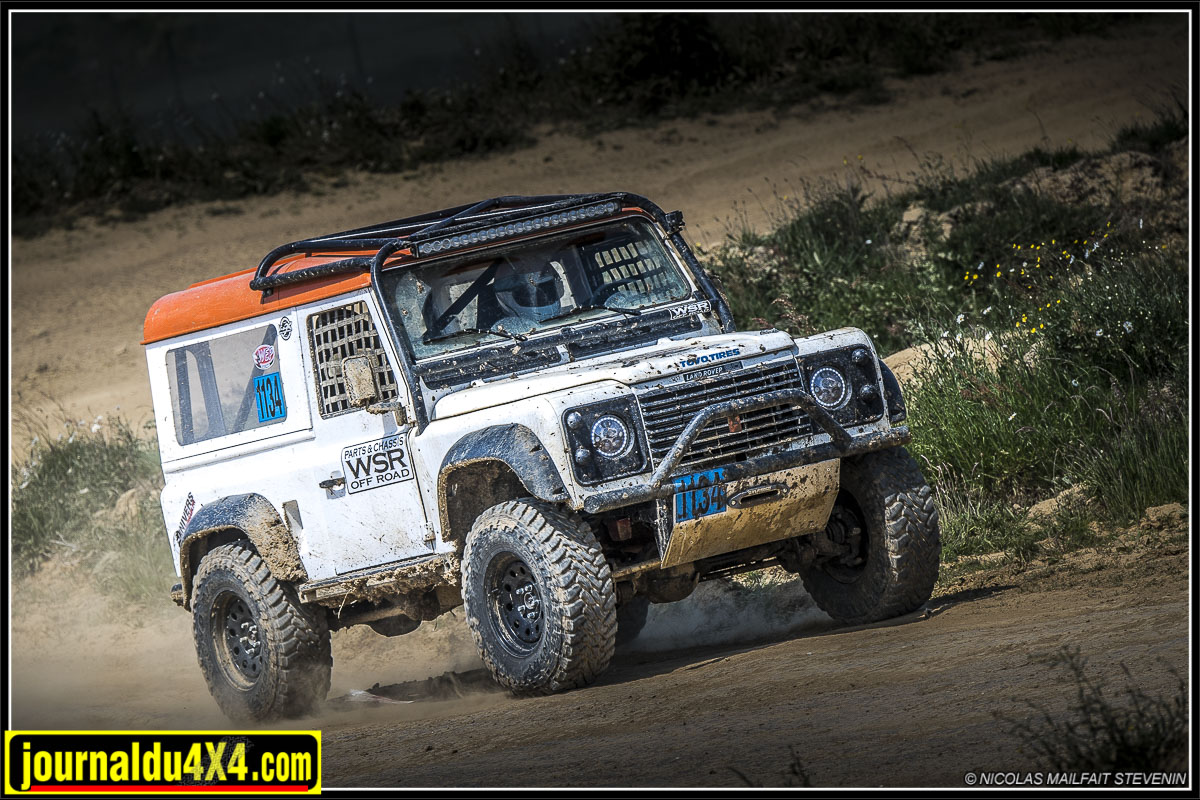 Stock class Defender 90 V8 WSR (english version)