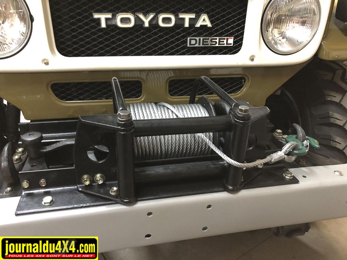 Cable de treuil & attache remorque pour Toyota Série 4