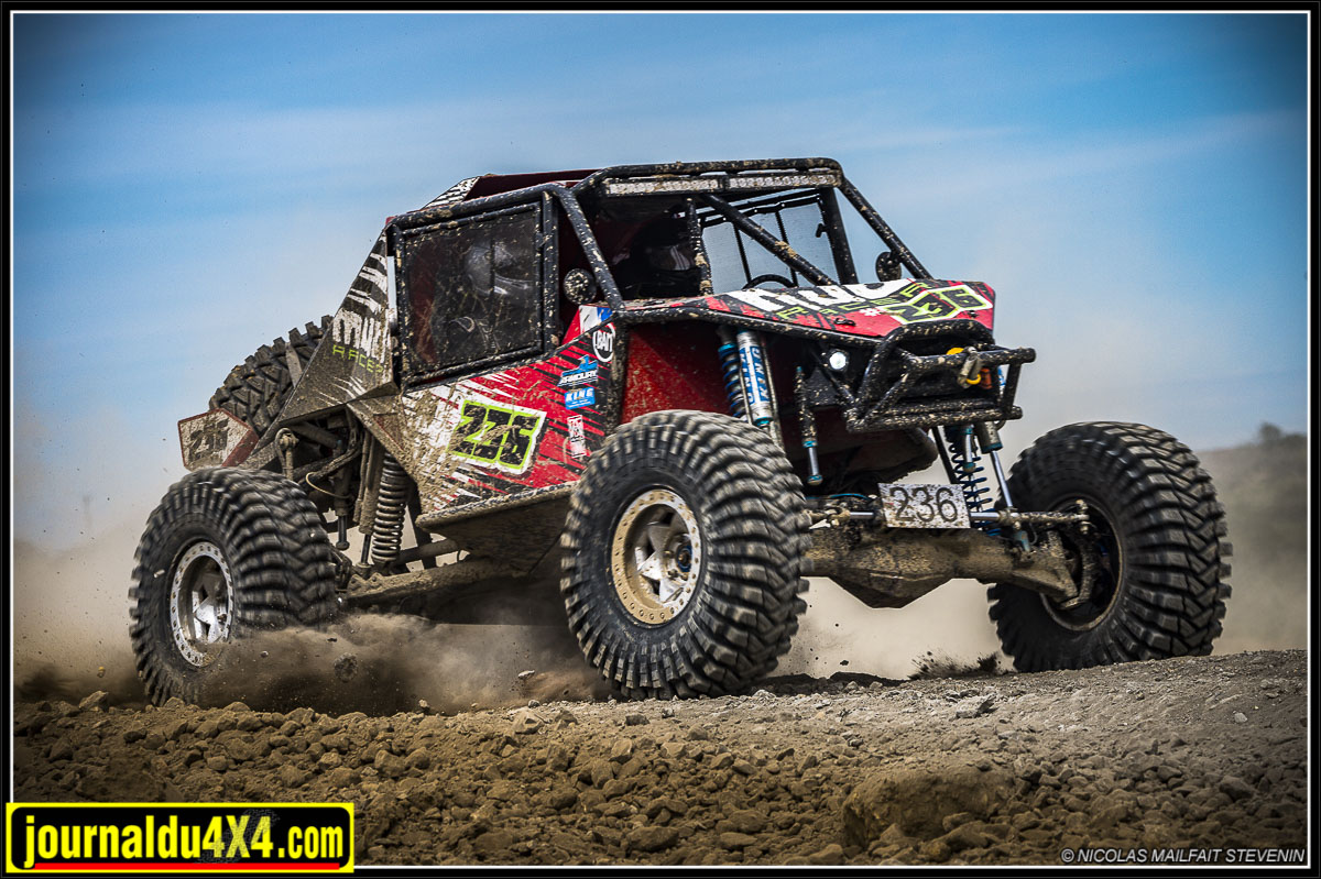 MudRacer 4400 Ultra4