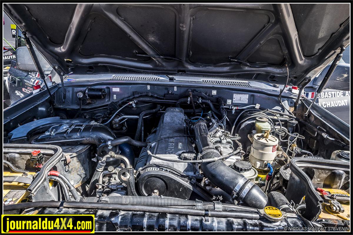 moteur HDJ 80 4.2l 6 cylindres 1HDT
