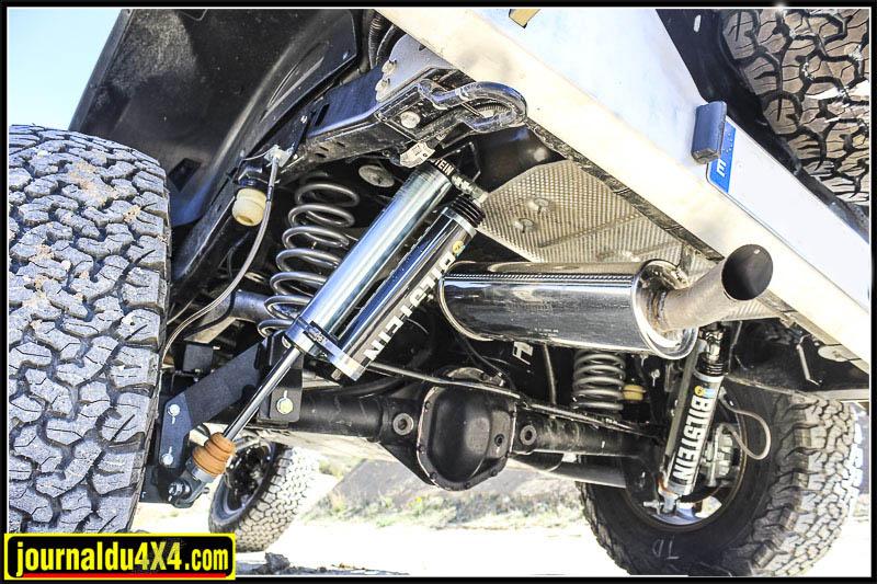 Amortisseur à bonbonne séparée Bilstein Prerunner par 4x4 Proyect sur Jeep Wrangler