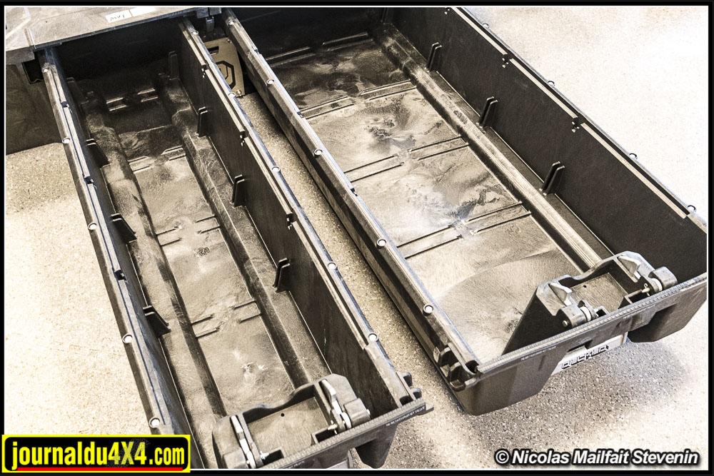 Chaque tiroir peut emporter environ 90 kg de matériel.