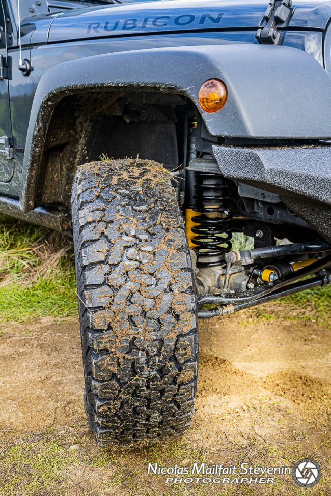 pour son utilisation, des pneus mixtes BF AT suffisent