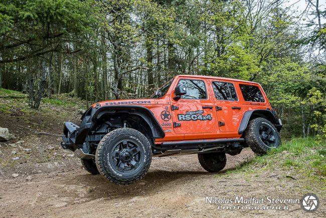 la Jeep Wrangler fait partie des derniers vrais 4x4 au profil de franchisseur mais sait rester agréable pour un usage au quotidien